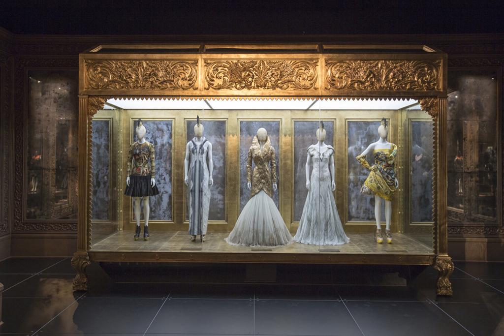 Alexander McQueen: Savage Beauty Victoria & Albert Museum