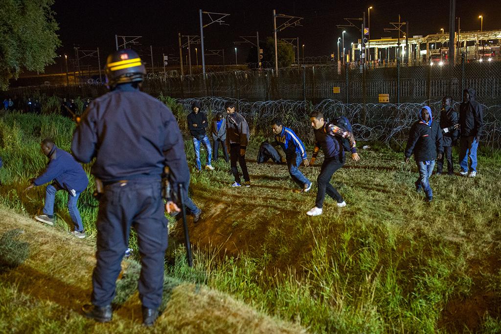 Calais Migrants Eurotunnel Terminal