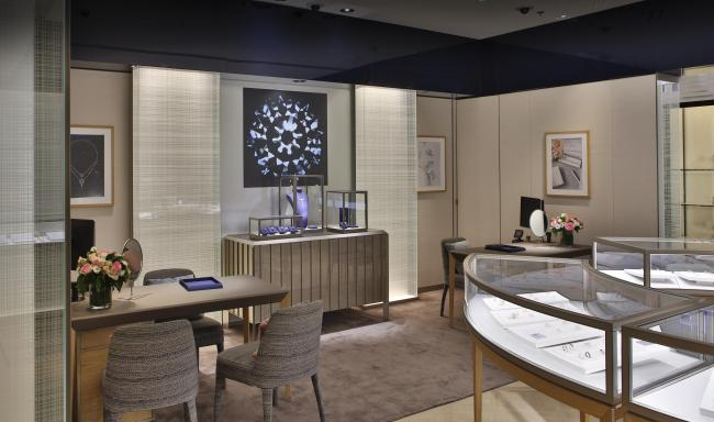 The De Beers unit at Galeries Lafayette