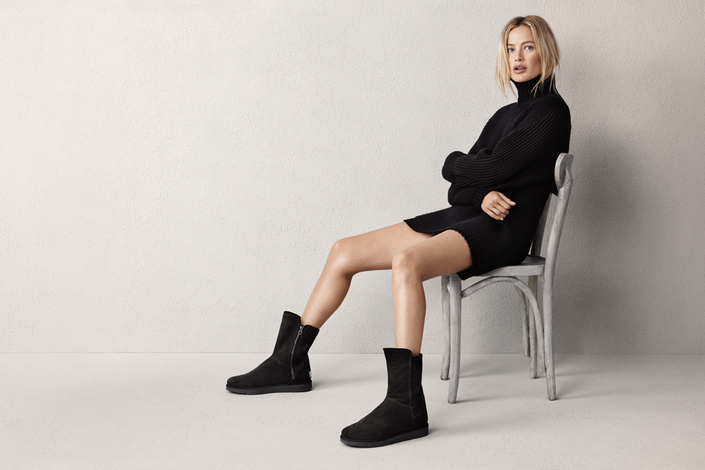 Carolyn Murphy in boots she designed for Ugg