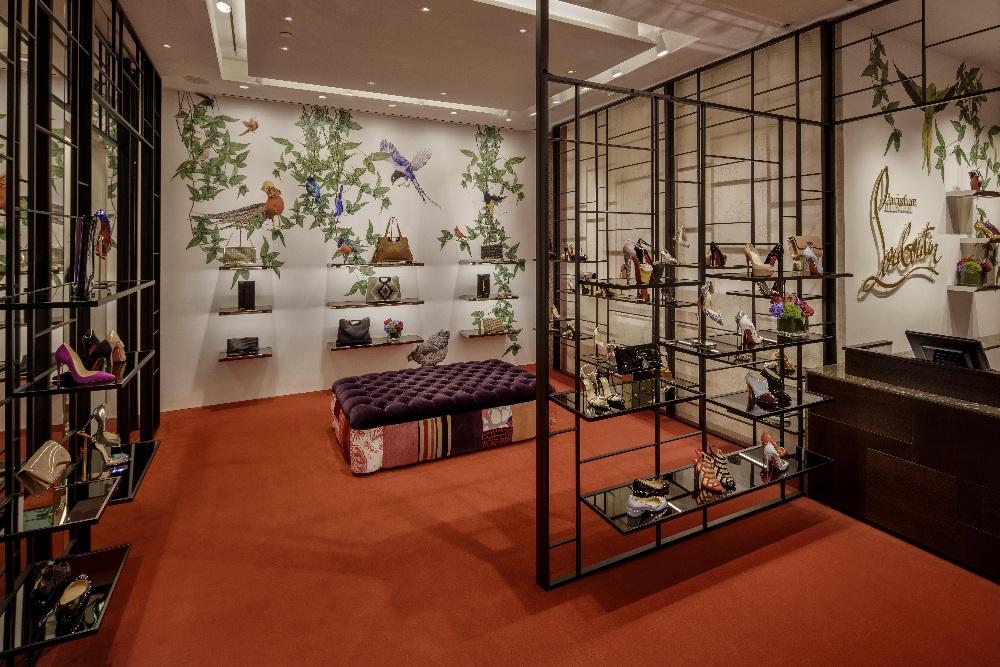 Aritzia store interior