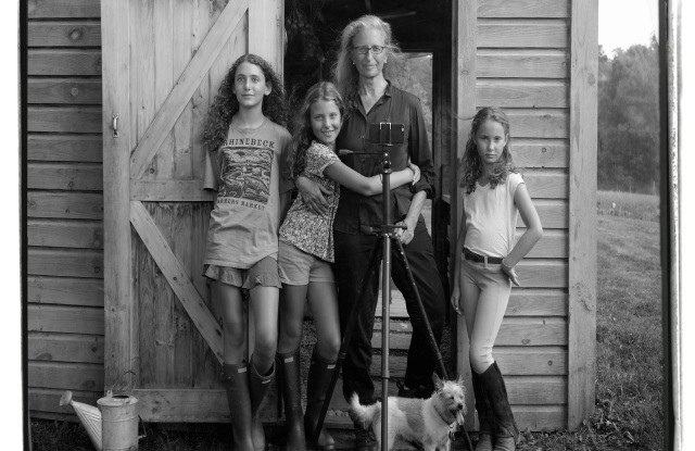 Annie Leibovitz with her children