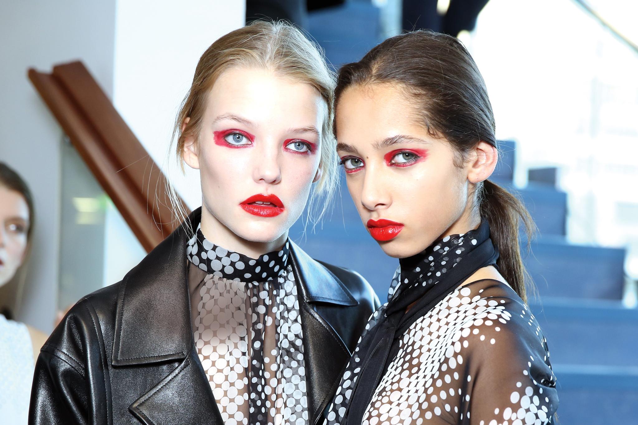 Beauty at Paris Spring 2016 Fashion Week