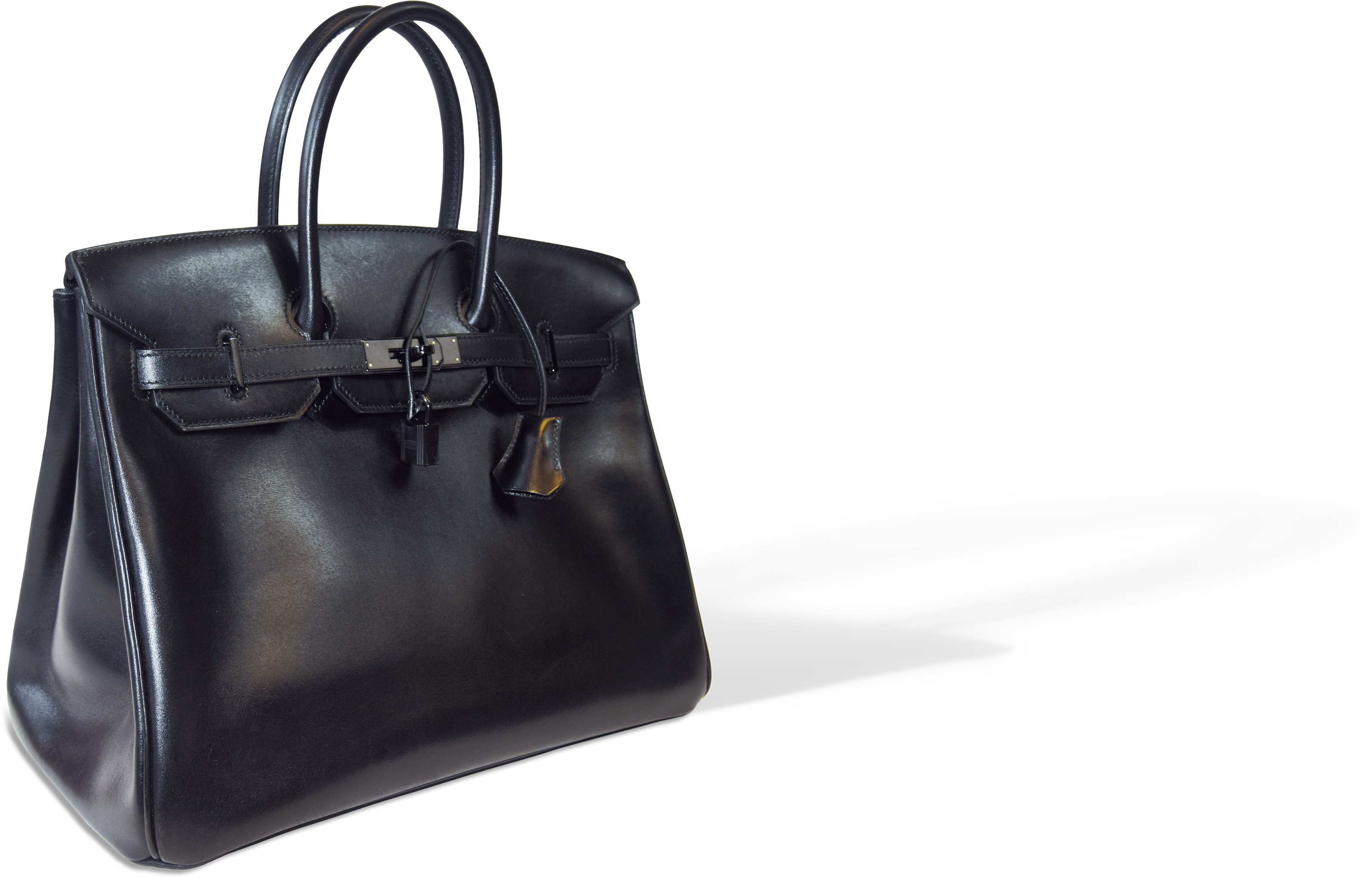 Hermès Birkin So Black bag valued at between 16,000 euros and 18,000 euros