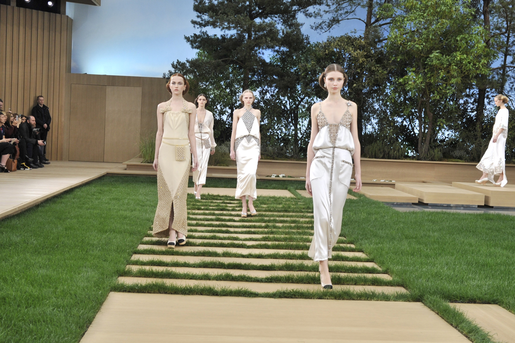 Chanel Couture Spring 2016 : the set