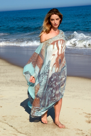 A looks from Ala Isham's resort collection.