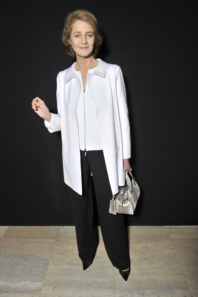 Charlotte Rampling front row armani privé couture spring 2016