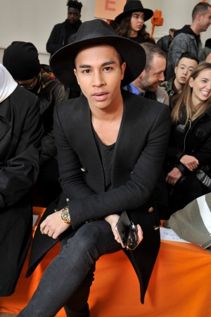 Olivier Rousteing front row at off-white men's fall 2016