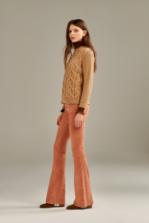 A look with Seafarer suede bell-bottom pants in collaboration with Drome