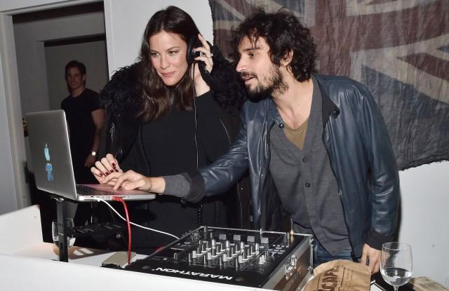 Liv Tyler and Fabrizio Moretti