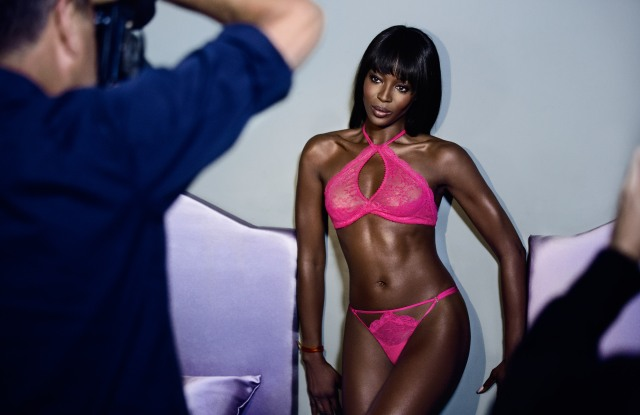 Behind the scenes of Mario Testino's shoot for Naomi Campbell's collaboration with Yamamay.