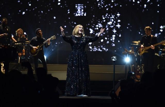 Adele Burberry 25 Tour