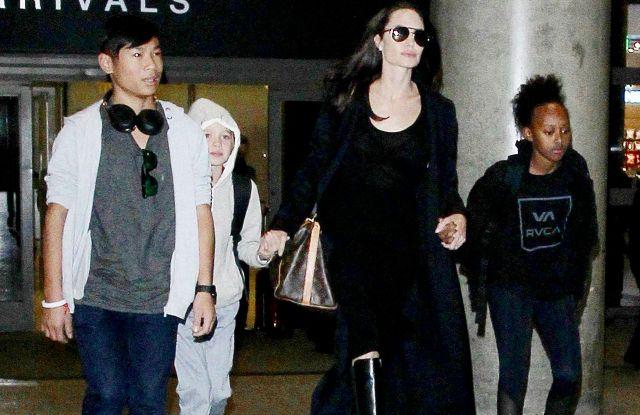 Angelina Jolie Shiloh Jolie-Pitt Pax Jolie-Pitt Zahara Jolie-Pitt