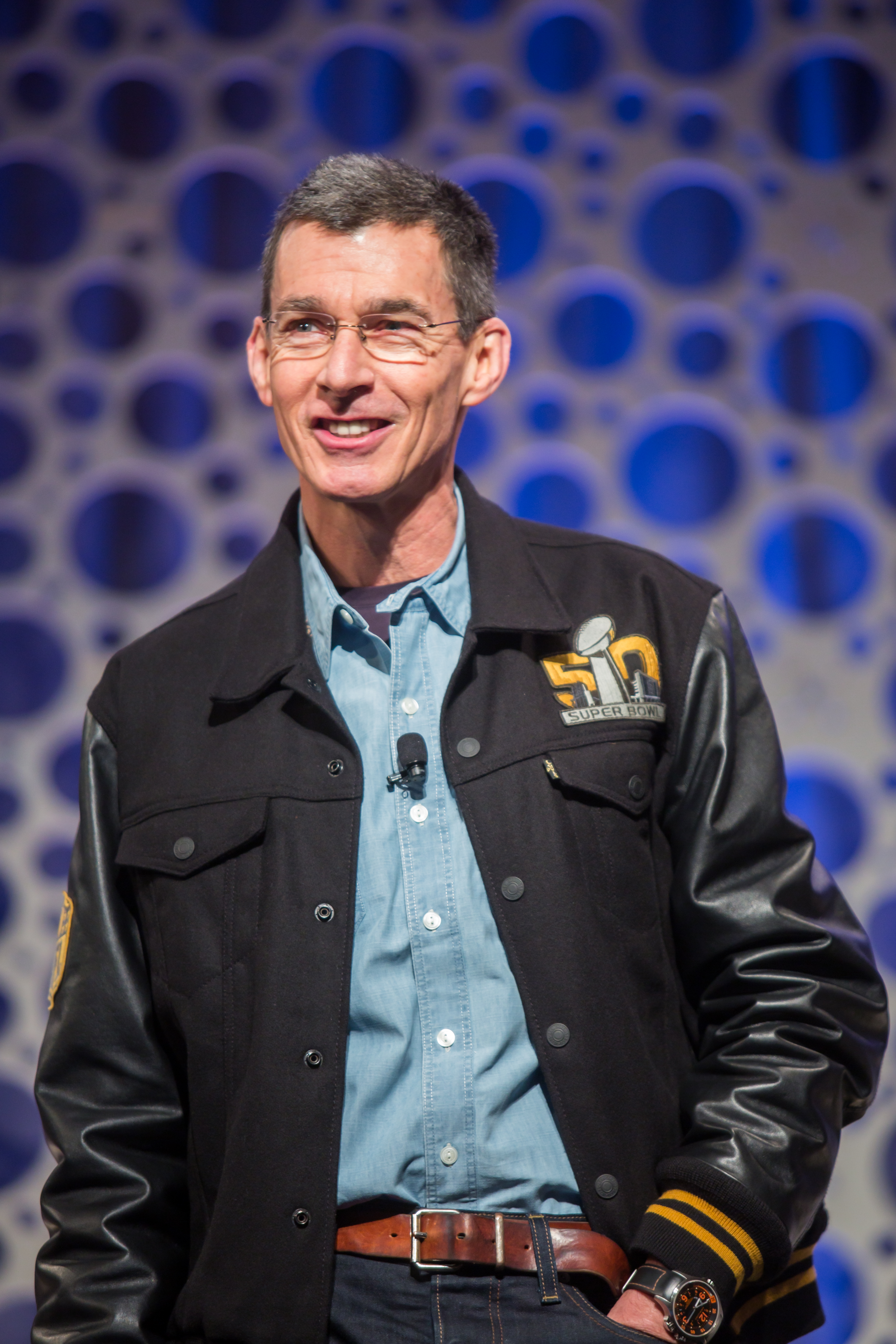 chip bergh levi strauss second quarter earnings sales