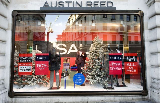 British Men S Retailer Austin Reed Follows Bhs Into Administration Wwd