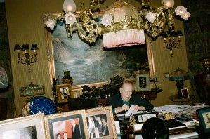 Larry Flynt in ODDA.