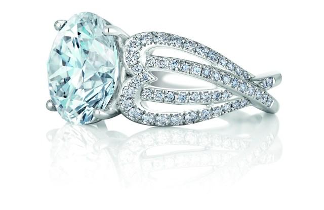 De Beers' 'Infinity Heart' new engagement ring
