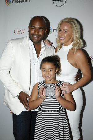 Glamglow founders Glenn and Shannon Dellimore with their daughter London at the 2016 CEW Beauty Insider Awards.
