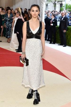 Selena Gomez in Louis Vuitton at Met gala 2016