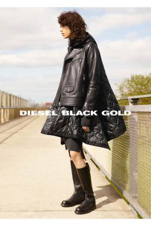 A picture from Diesel Black Gold Fall/Winter 2016 advertising campaign