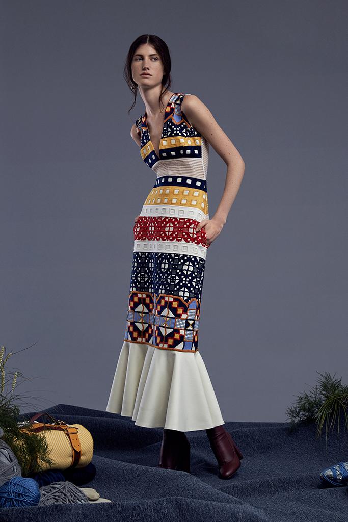 Teatumn Jones Woolmark Collection Exclusive to Harvey Nichols - Elizabeth flare hem dress - £905