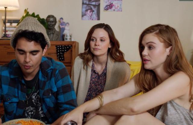 "Max Minghella, Sarah Ramos, Holland Roden in ""Fluffy"""