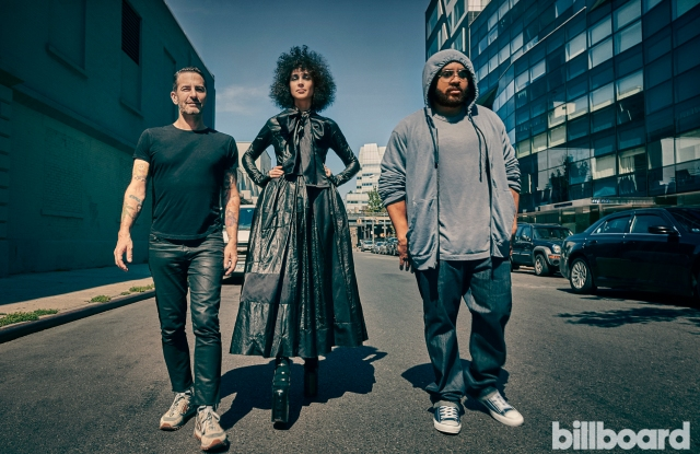 Marc Jacobs Collaborates With Apple Music