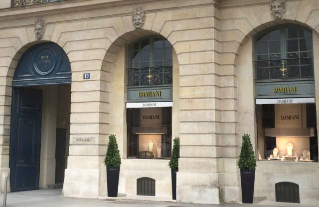 Damiani store in Paris