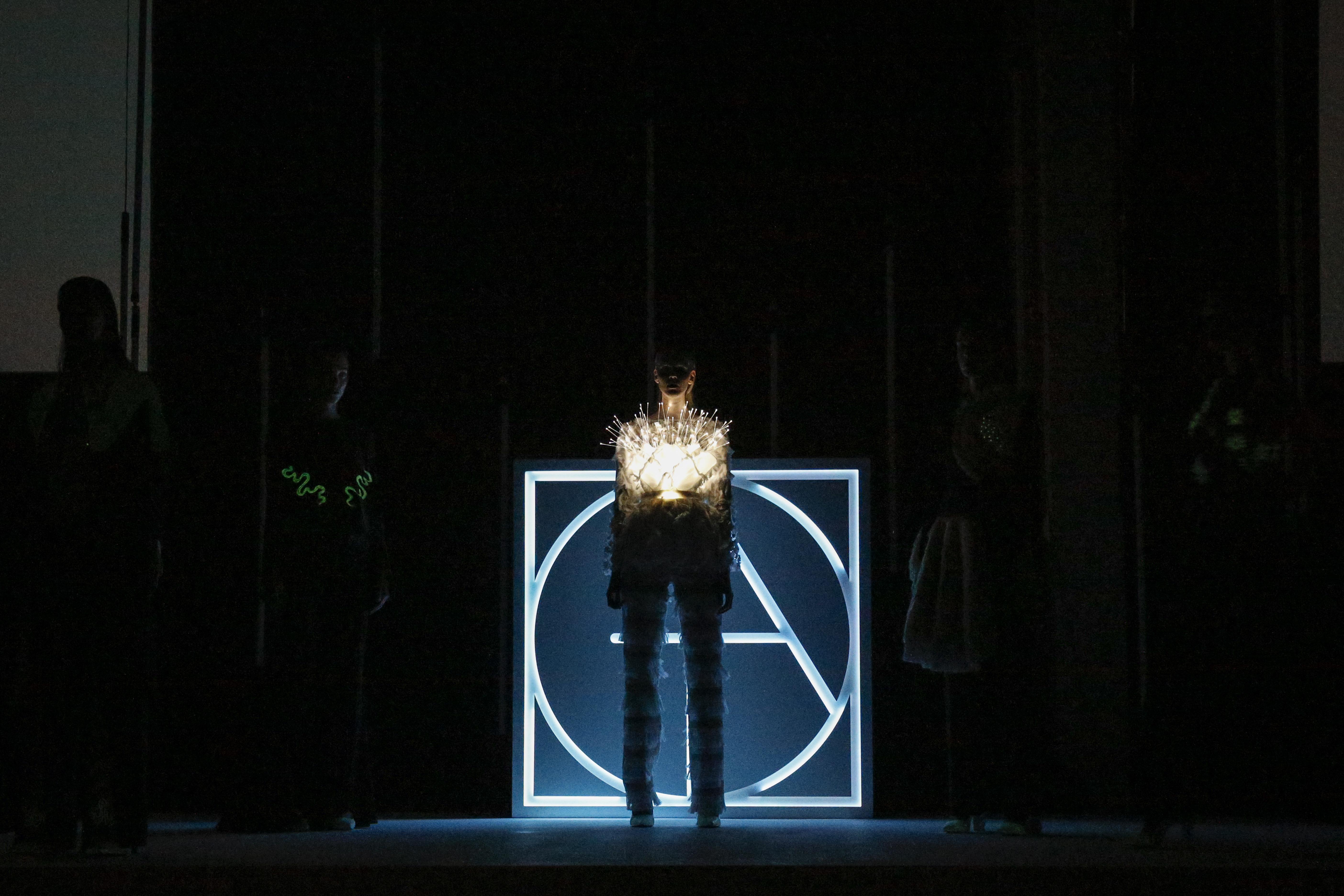 Anbasja Blanken's glow-in-the-dark jeans with ITV Denim.