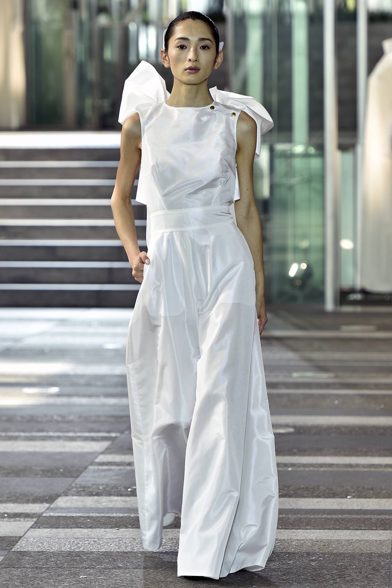 Hanae Mori RTW Spring 2017 Tokyo Fashion Week