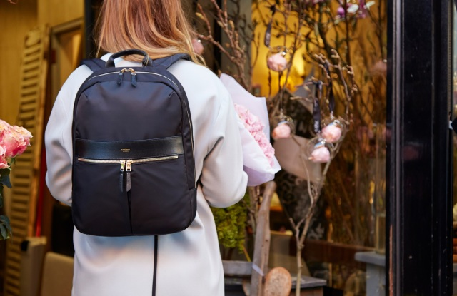 backpack Knomo