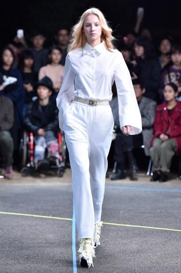 Mikio Sakabe RTW Spring 2017 Tokyo Fashion Week