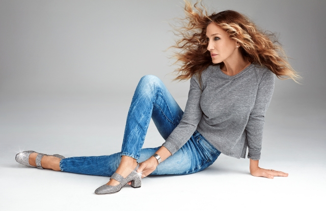 Sarah Jessica Parker in shoes of her design.