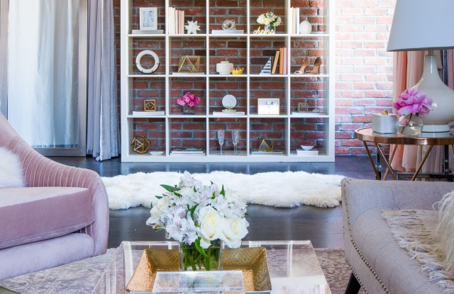 Vow to Be Chic Santa Monica showroom
