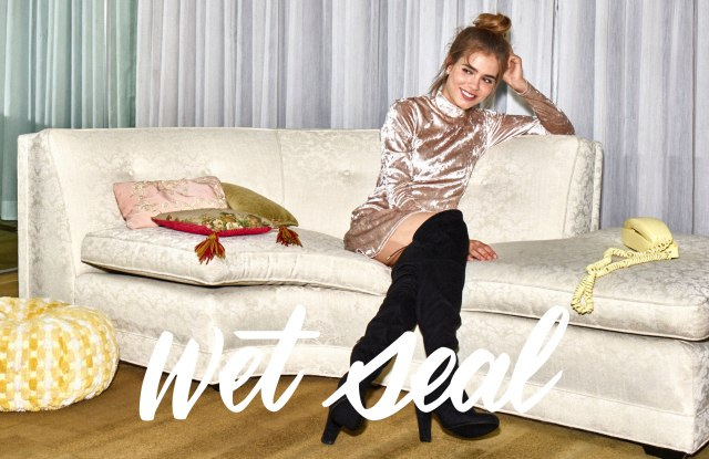 Wet Seal holiday campaign