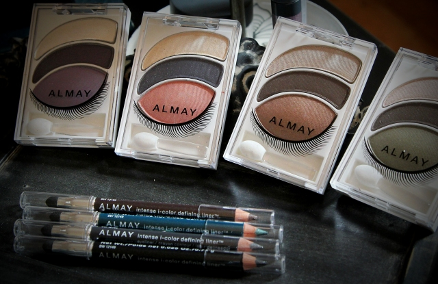Almay Intense i-Color Bold Nudes and Smart Shade Mousse.
