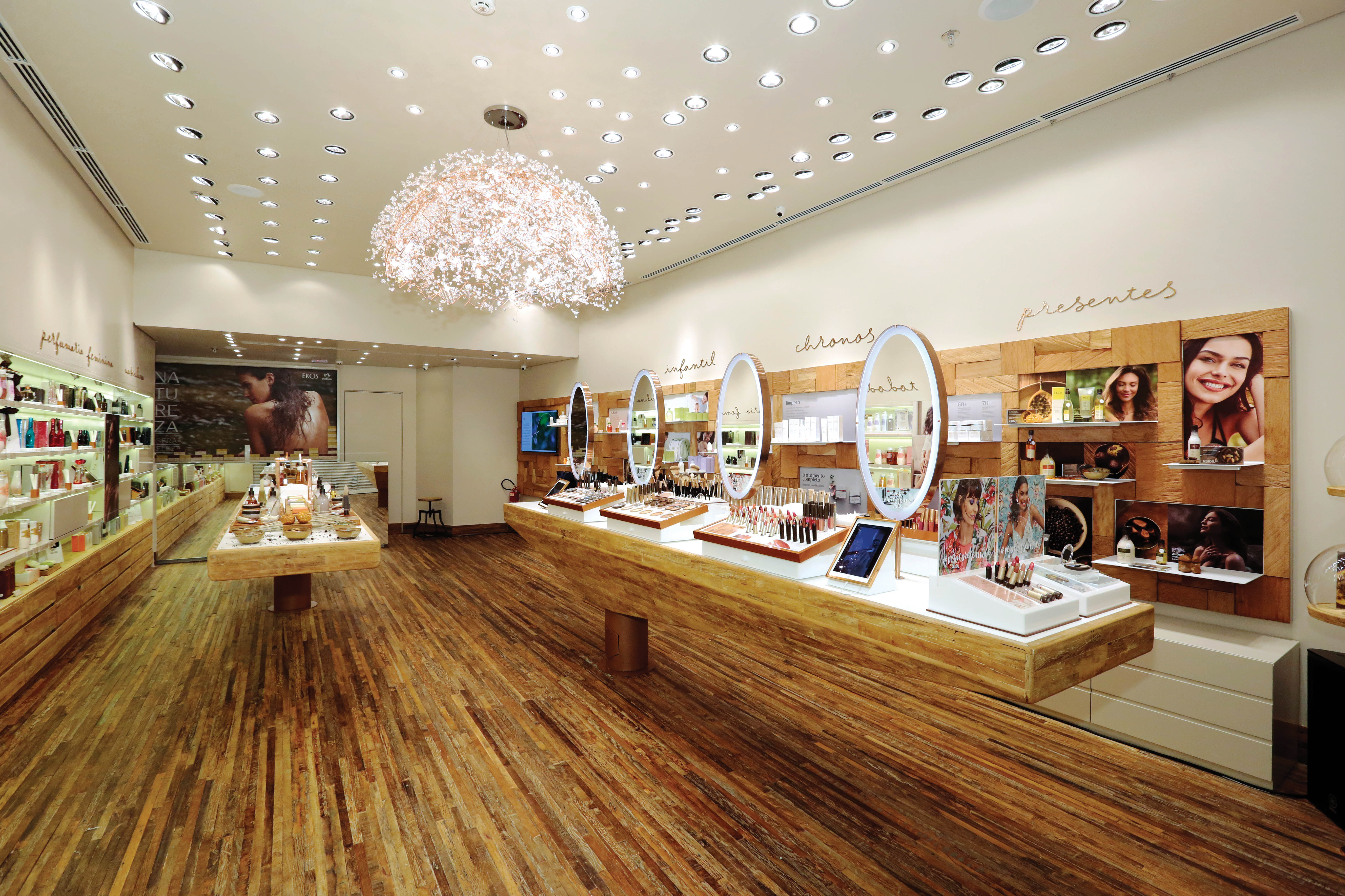 Natura's biggest new store opened in são Paulo at the end of september.