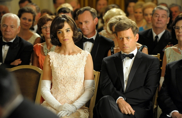 Katie Holmes (as Jackie Kennedy), Greg Kinnear (as Jack Kennedy) in The Kennedys TV Mini-Series, 2011.