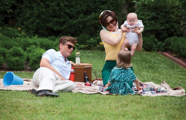 Rob Lowe and Ginnifer Goodwin in Killing Kennedy, 2013.