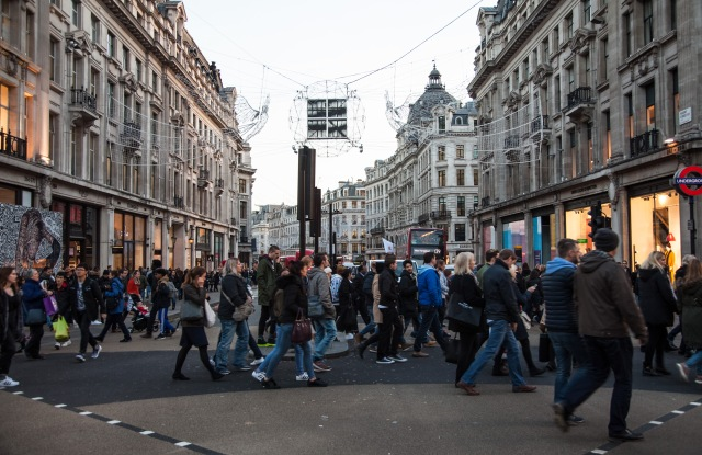 Holiday shoppers in London