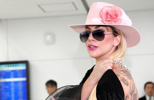 Lady Gaga Victoria's Secret Fashion Show 2016