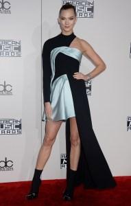 Karlie Kloss AMAs 2016