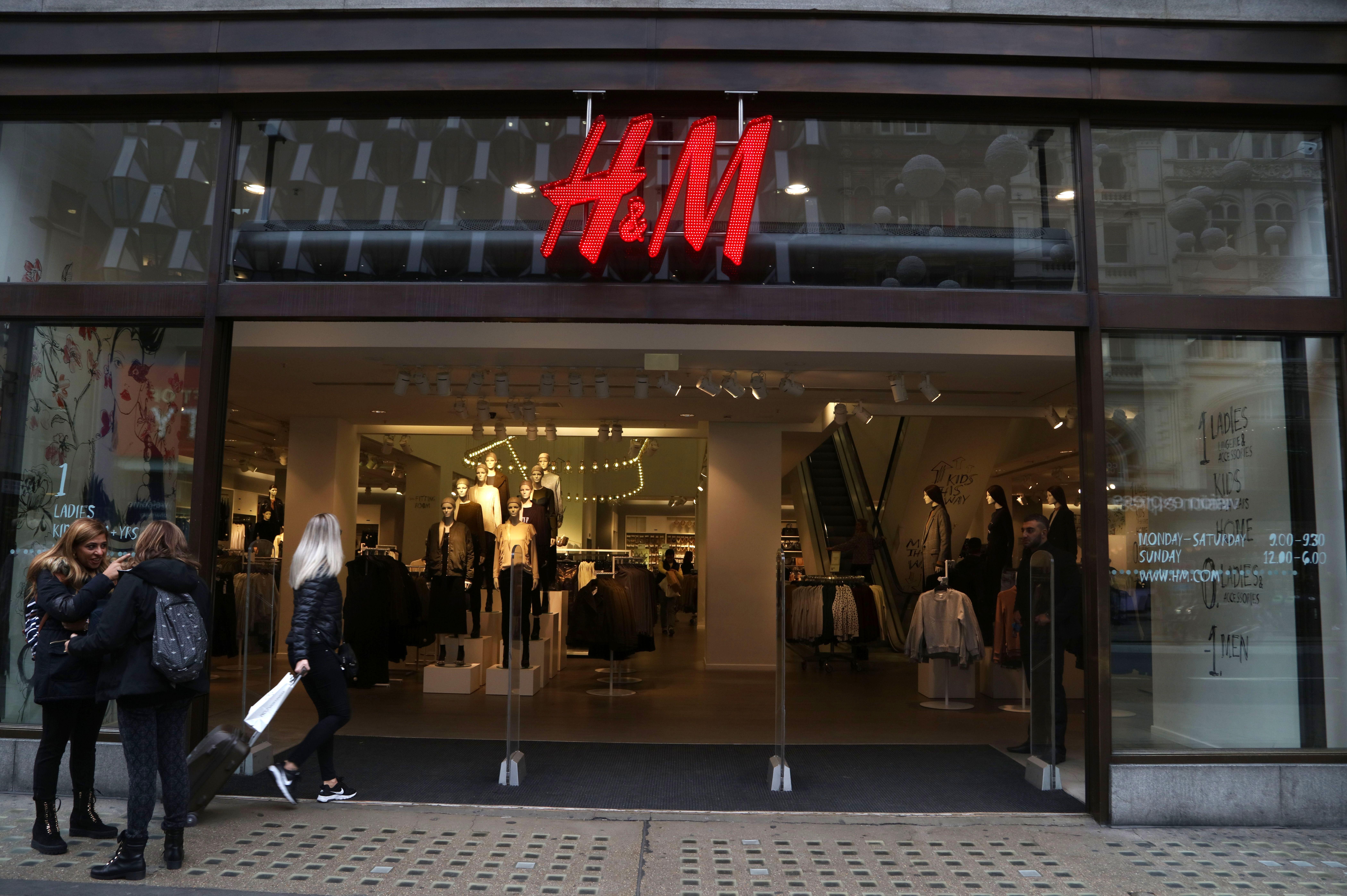 Hennes & Mauritz store.