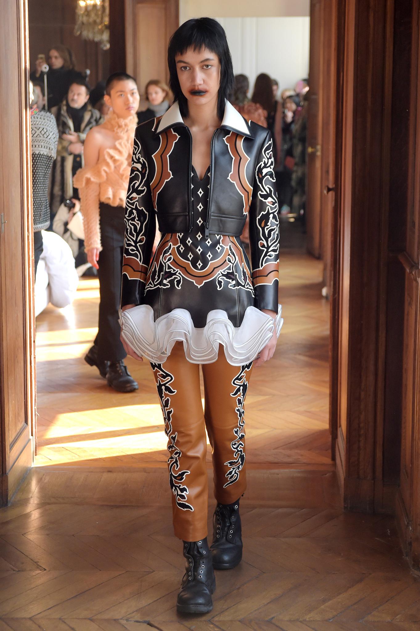 Hyun Mi Nielsen Couture Spring 2017