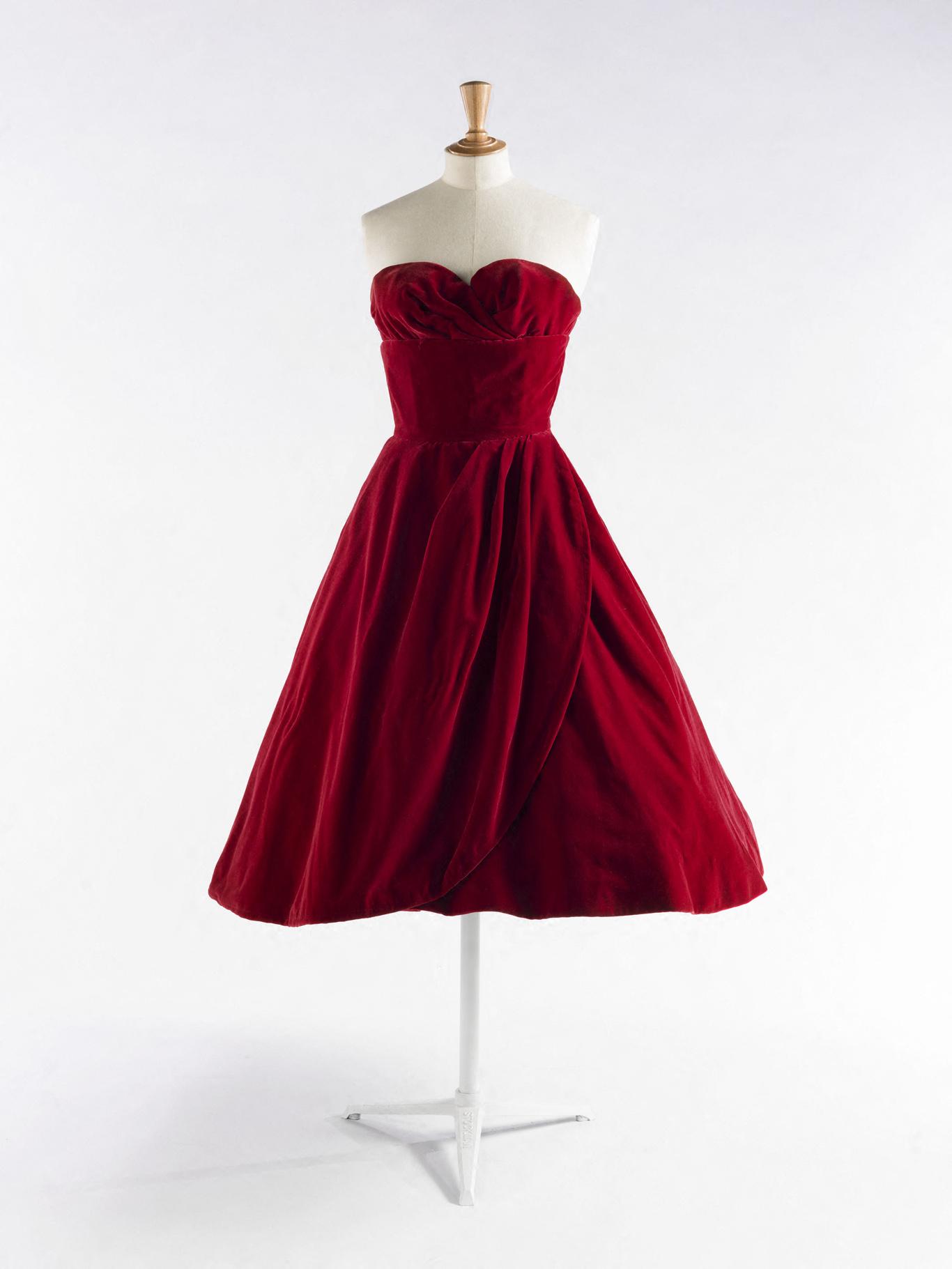 An item from Dalida's wardrobe on exhibition at Palais Galleria