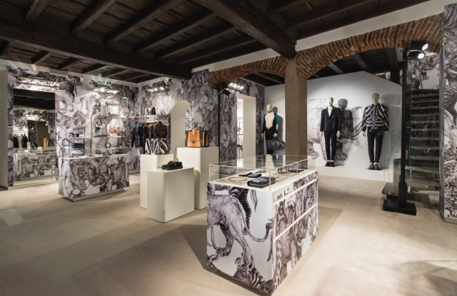Milan's Louis Vuitton pop-up store