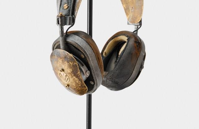 Rag & Bone's headphones