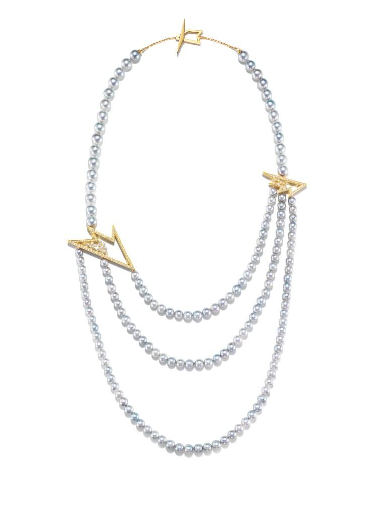 "Tasaki's ""Ritz Paris"" necklace."