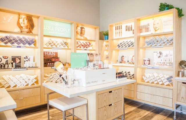 The natural beauty retail expands to Los Angeles.