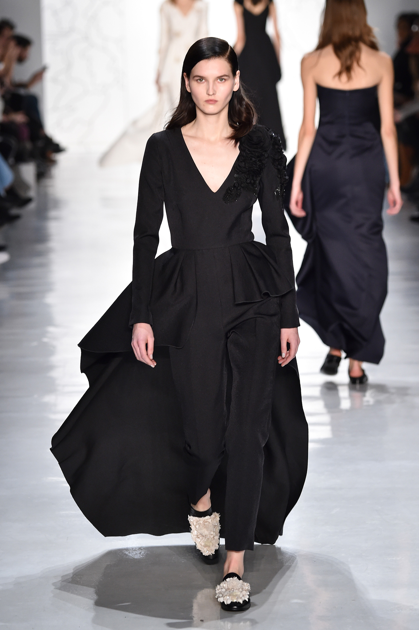 Noon by Noor RTW Fall 2017